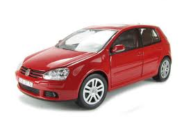 Burago 1:32 Street Fire VW. Golf GTI