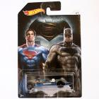Hot Wheels Batman vs Superman Twin Mill kisautó 1/64